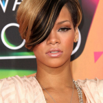 Short hairstyle of Rihanna 05