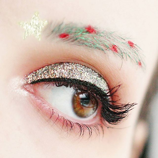 Christmas Eyebrows 01