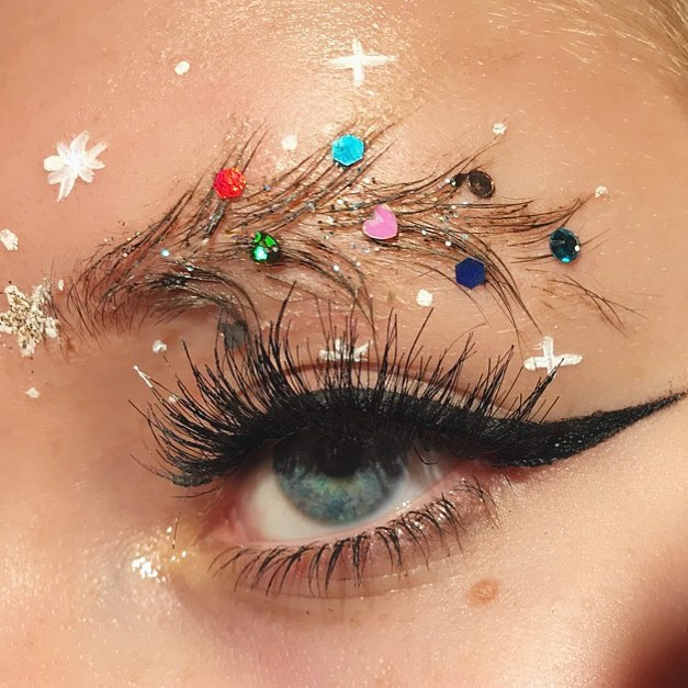 Christmas Eyebrows 03