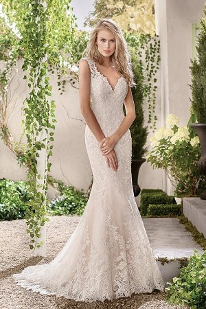 the fishtail wedding dress
